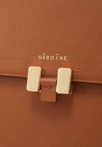 Maison Hēroïne - MARLENE - Handbag - terry - 5