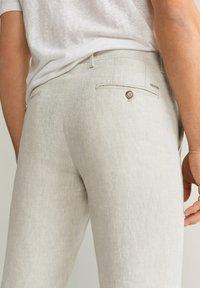 Mango - OYSTER - Pantalon classique - ecru - 4