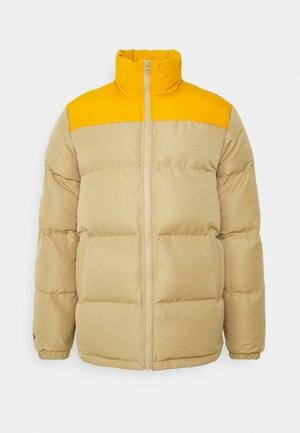 Winter jacket - khaki