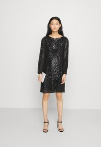 Wallis - SHIFT DRESS - Cocktail dress / Party dress - black - 1