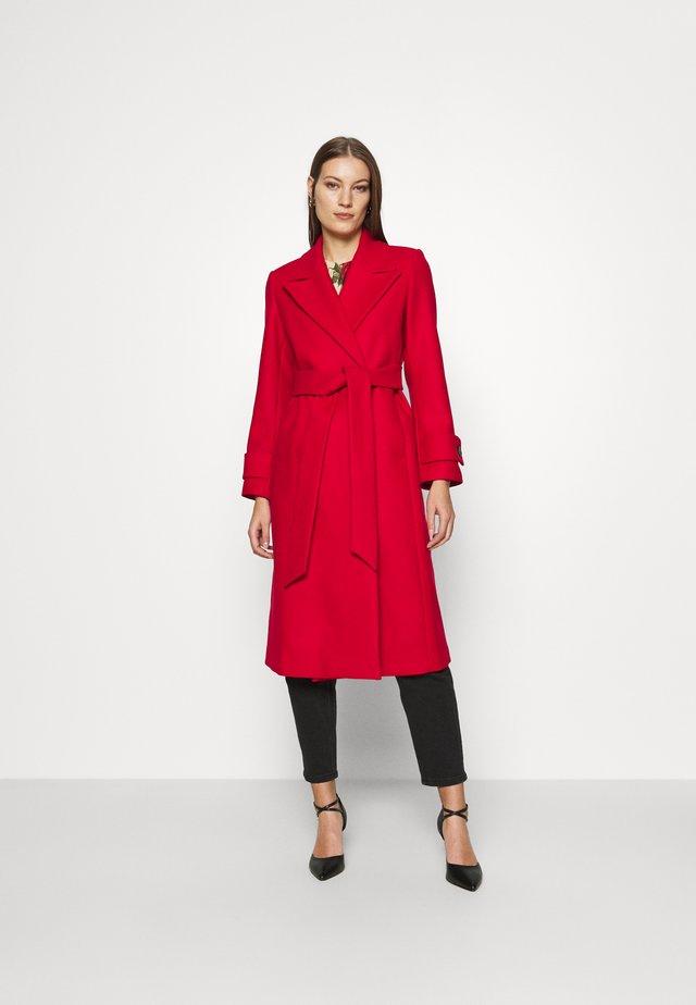 BELTED COAT - Mantel - allure red
