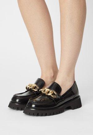 RECESS - Nazouvací boty - black