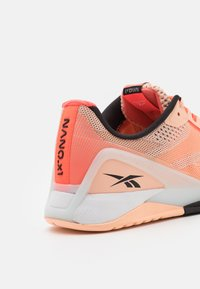 Reebok - NANO X1 - Zapatillas de entrenamiento - orange/coral/black - 5