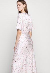 Bruuns Bazaar - MOVE ROSANA DRESS - Denní šaty - white - 4