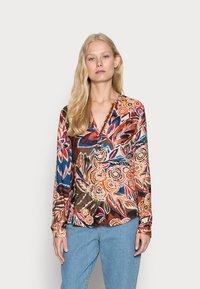 Emily van den Bergh - BLOUSE - Blouse - brown/blue/ orange - 0