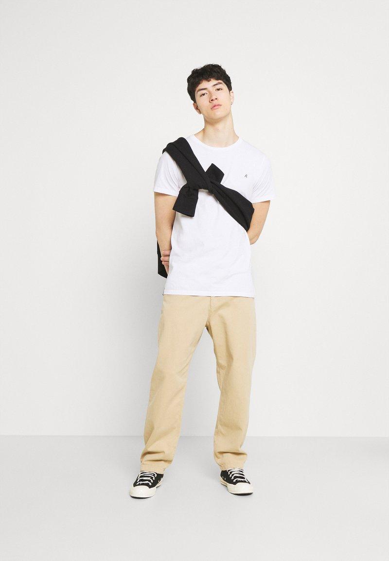 Replay - CREW TEE 3 PACK - Basic T-shirt - black/ white/hazelnut