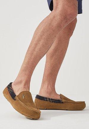 Slip-ins - brown