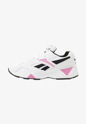 AZTREK 96  - Trainers - white/pink/black