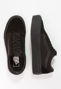 Vans - UA OLD SKOOL PLATFORM - Trainers - black - 5
