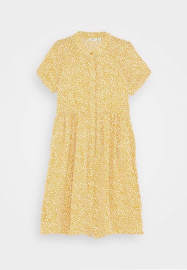 NKFDERA  - Skjortklänning - spruce yellow