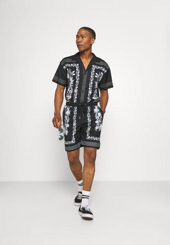 BORDER REVERE SHIRT - Shirt - black