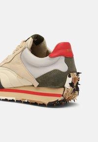 Bronx - MA-TRIXX - Sneakers laag - asphalt/camel/khaki - 4