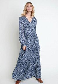 Maison 123 - Maxi dress - bleu marine - 0