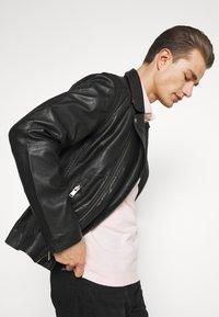 Selected Homme - SLHICONIC BIKER  - Leather jacket - black - 3