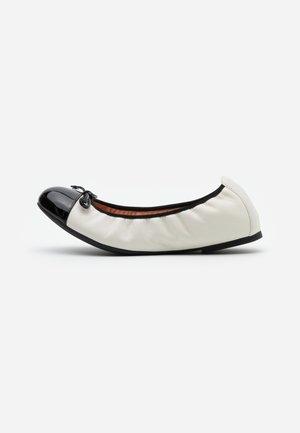AUTO - Ballet pumps - ivory/black