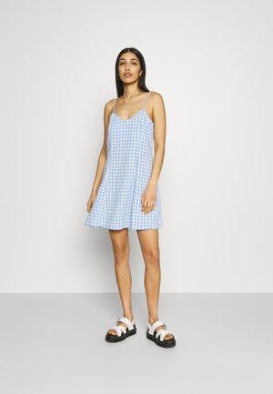 FAWN SLIP DRESS CHECK - Day dress - blue/white