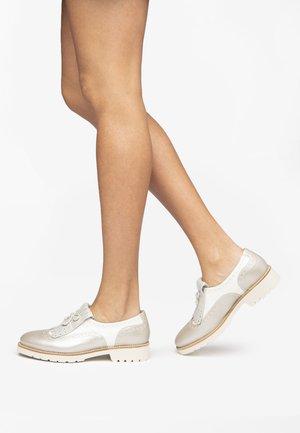 Nazouvací boty - savana