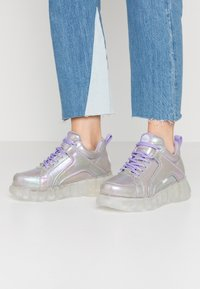 Buffalo - CORIN - Joggesko - purple - 0