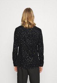 Twisted Tailor - SLATER SHIRT - Shirt - black - 2