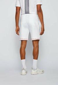 BOSS - HEADLO  - Shorts - white - 2