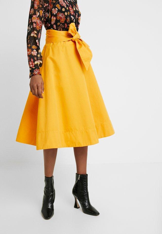 TIGERLILY - A-lijn rok - sun flower orange