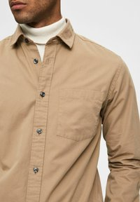 Selected Homme - REGULAR FIT - Overhemd - petrified oak - 3