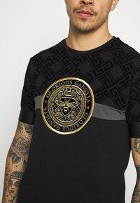 Glorious Gangsta - ARMAZ TEE - Print T-shirt - jet black - 5
