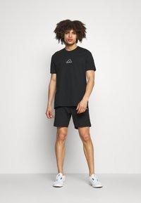 Diadora - SHORT CORE - Sports shorts - black - 1