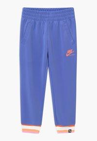 Nike Sportswear - HERITAGE - Survêtement - royal pulse/atomic pink - 2