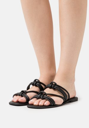 KNOTTED FLAT SQUARE TOE - Mules - black