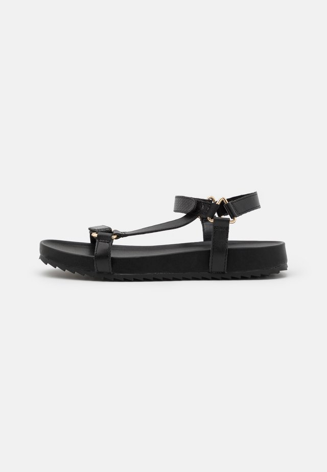 FEVER PRETTY SPORT  - Sandalias - black