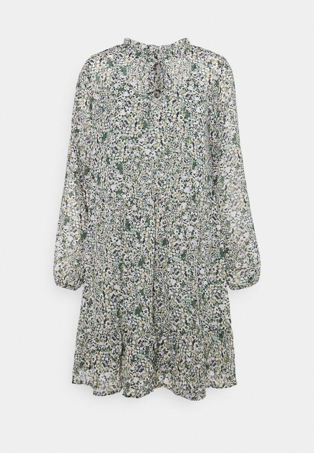 BYISAK DRESS - Vapaa-ajan mekko - off white