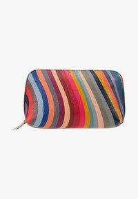 Paul Smith - BAG MAKE UP  - Trousse - swirl - 1