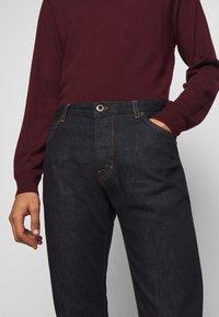 Emporio Armani - Jeans slim fit - dark blue - 3