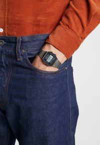Casio - Digitální hodinky - gunmetal - 0