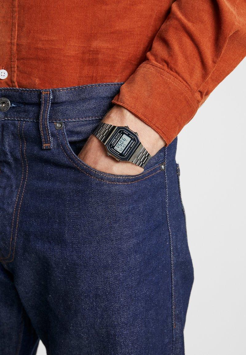 Casio - Digitální hodinky - gunmetal