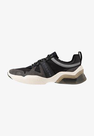 TECH RUNNER - Sneakersy niskie - black