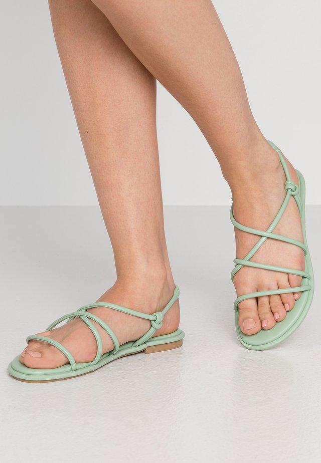NEDRA - Sandaalit nilkkaremmillä - mint