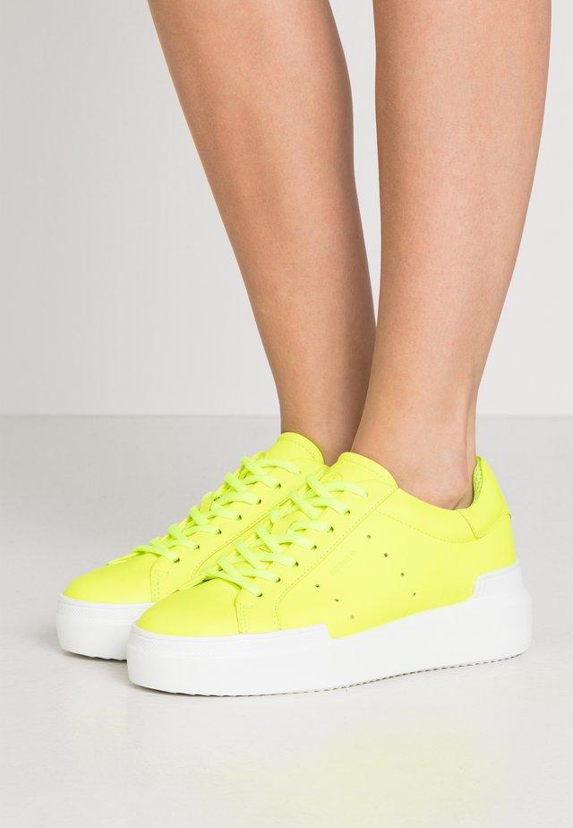 HOLLYWOOD  - Tenisky - neon yellow