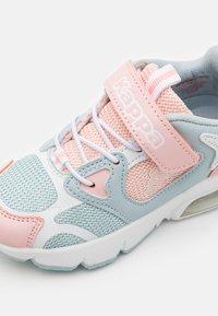 Kappa - UNISEX - Sportovní boty - ice/pink - 5