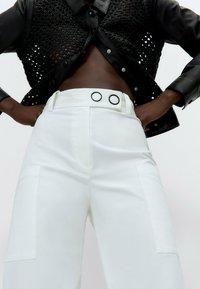Uterqüe - Trousers - white - 4