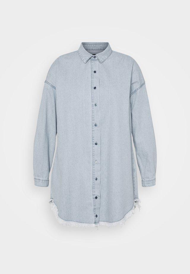 OVERSIZED DRESS - Spijkerjurk - blue