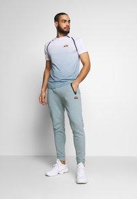 Ellesse - NOVALE - T-shirts print - white - 1