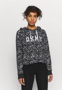 DKNY - SPLATTER PRINT HOODIE - Long sleeved top - black/white - 0