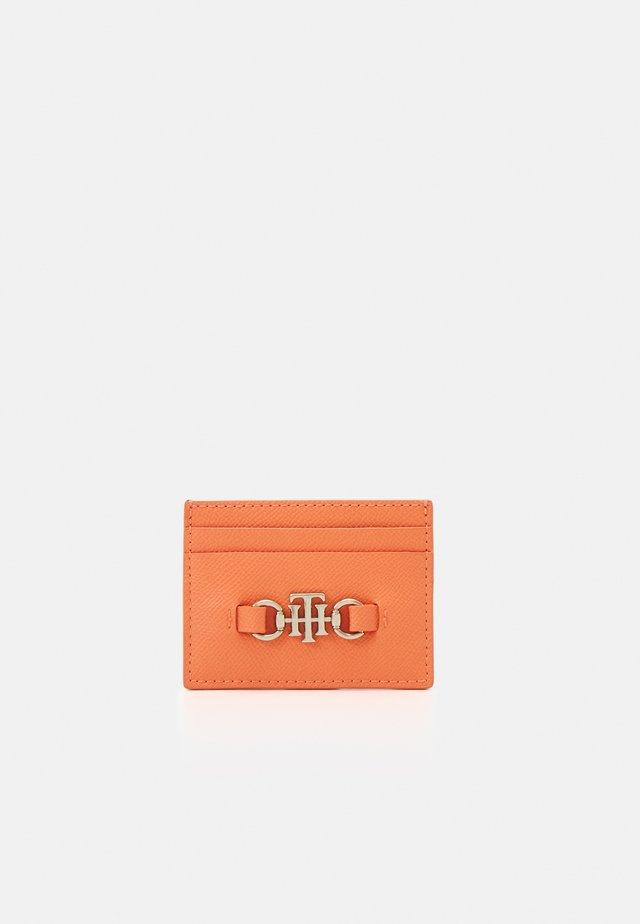 CLUB HOLDER - Visitkortsfodral - orange