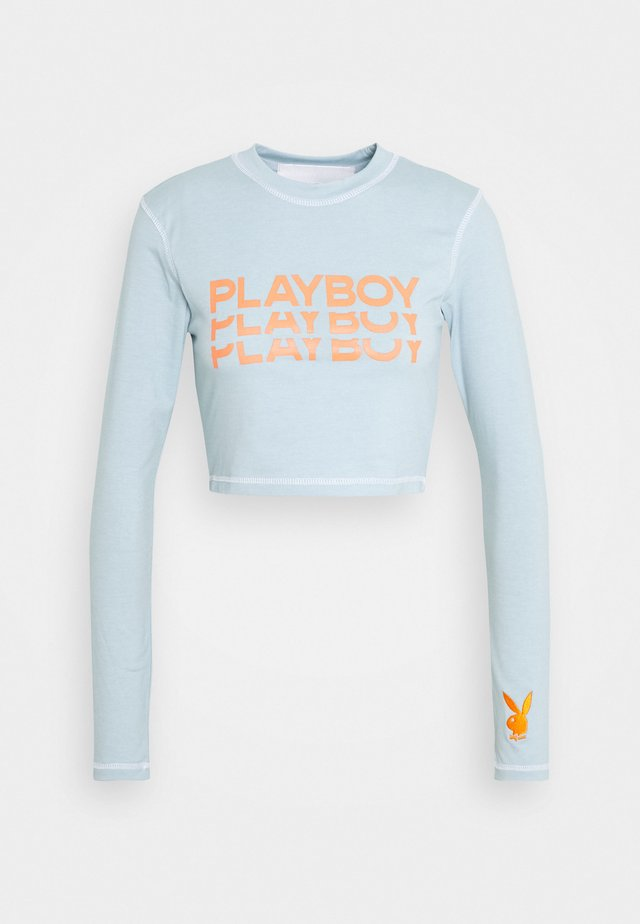 PLAYBOY TRIPLE LOGO CONTRAST STITCH CROP - Long sleeved top - dusky blue