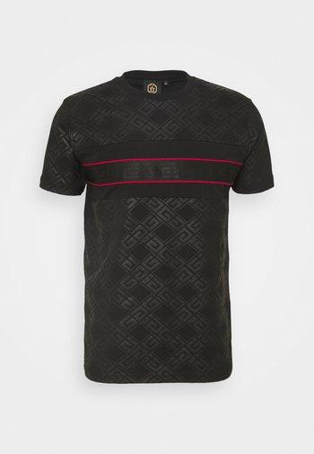MINOS TEE - Camiseta estampada - jet black/red