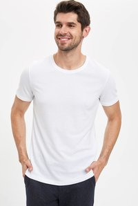 DeFacto - Basic T-shirt - white - 0