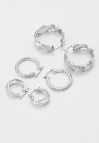 Pieces - PCMAILA HOOP EARRINGS 3 PACK - Øredobber - silver-coloured - 2