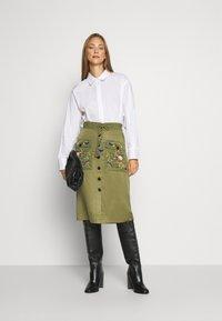 Desigual - FAL BYRON - A-line skirt - kaki - 1